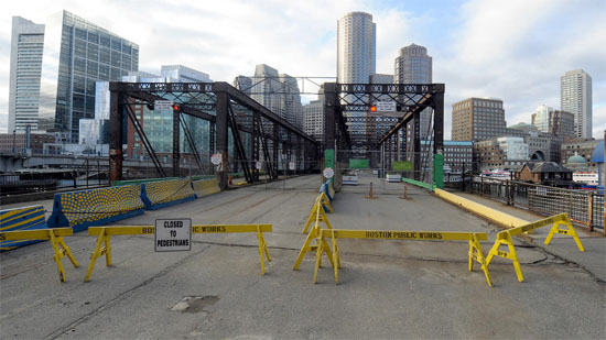 closed bridge in south boston Seaport District